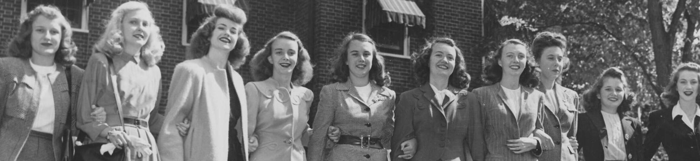 Ursuline college old photo of students in the 1940s3