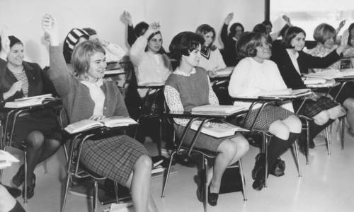 1968 Students In Classroom.jpg